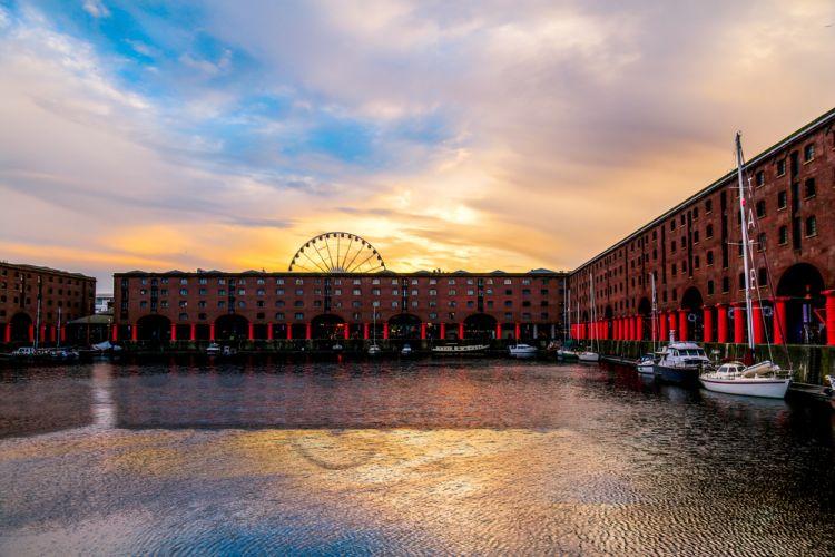 Albert Dock Liverpool_Festival Gratis di Inggris