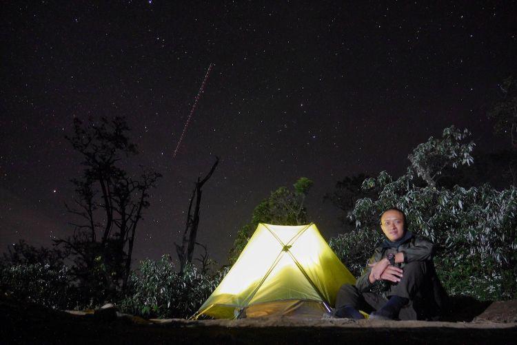 Solo Hiking menurut Iyos Kusuma