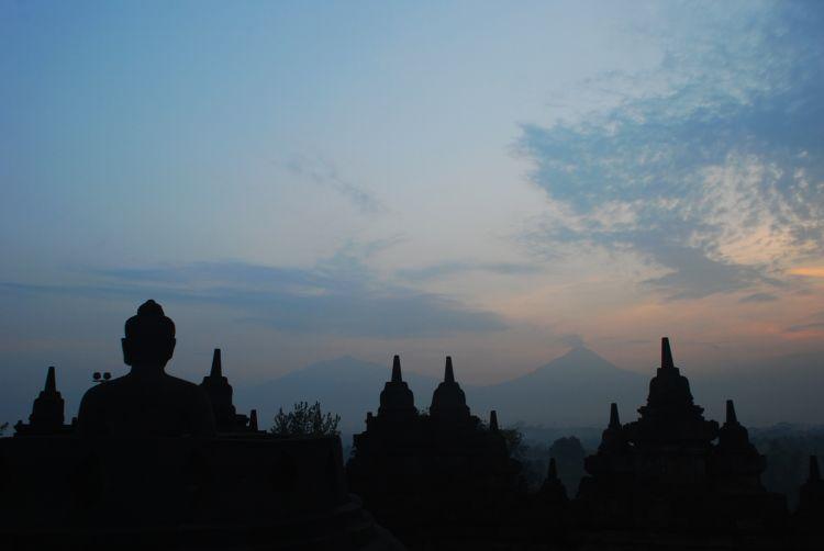 Paling Populer 30 Pemandangan Candi Borobudur - Foto ...