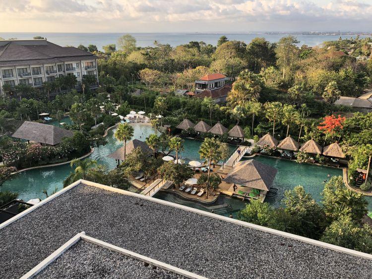 Pemandangan dari Above Eleven, Movenpick Jimbaran Resort & Spa Bali