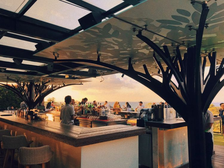 Above Eleven Movenpick Jimbaran Resort & Spa Bali