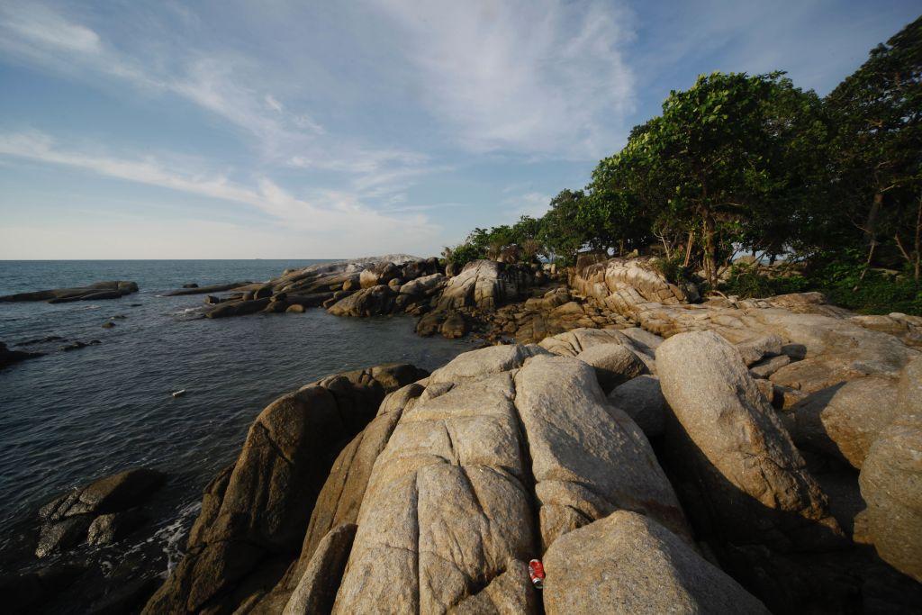 Pantai_Penyusuk_di_utara_Pulau_Bangka_via_TEMPO-Subekti