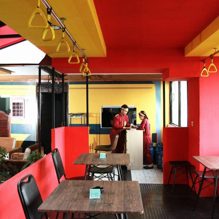 8 Restoran Amp Kafe Berkonsep Unik Di Bandung Wego