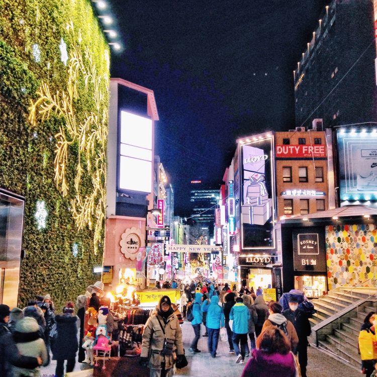Wisata Belanja di Seoul - Myeongdong