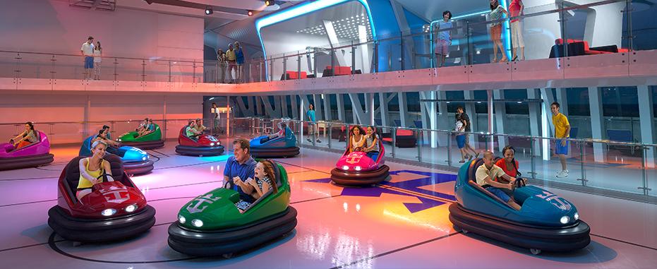 لعبة التصادم بالسيارات في كوانتوم اوف ذا سيز - الصورة من موقع royalcaribbean