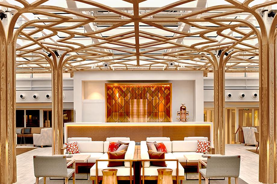 قاعة الشاي في فايكنج ستار - الصورة من موقع vikingcruises