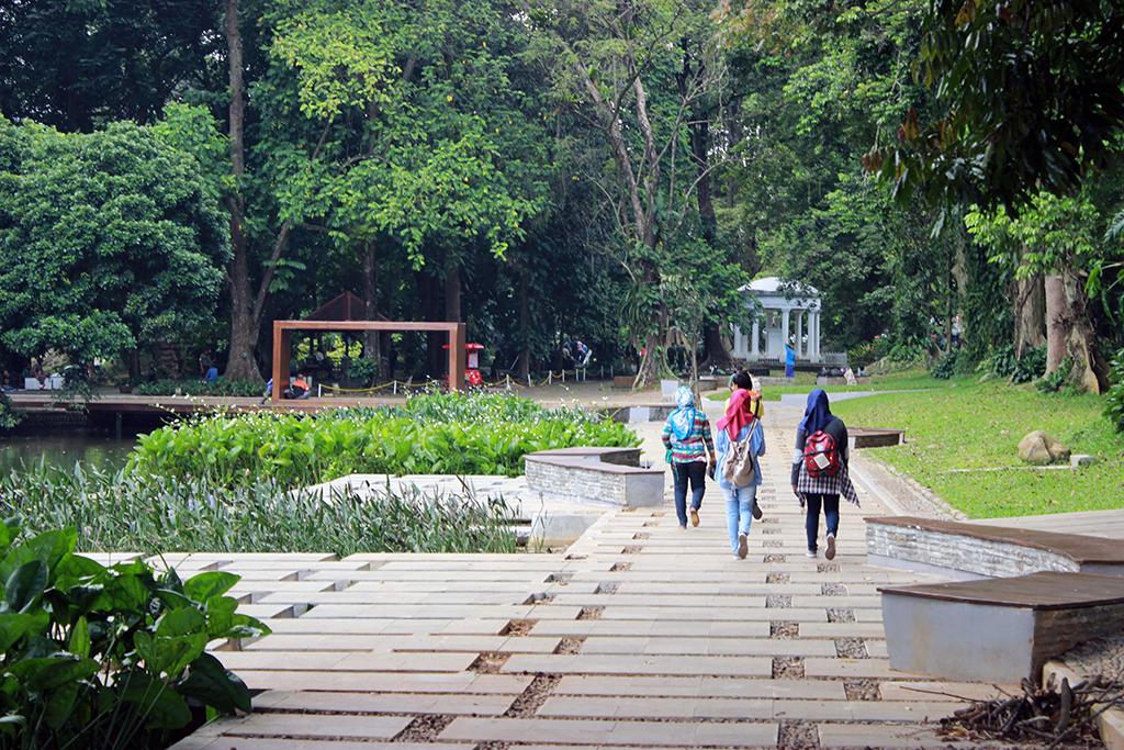12 Tempat Wisata Di Bogor Searah Jarum Jam Wego Indonesia