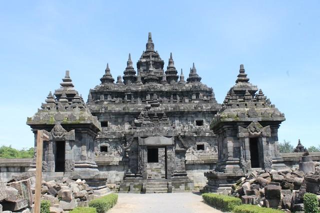 Candi Plaosan, si kembar yang menawan - Wego Indonesia Travel Blog
