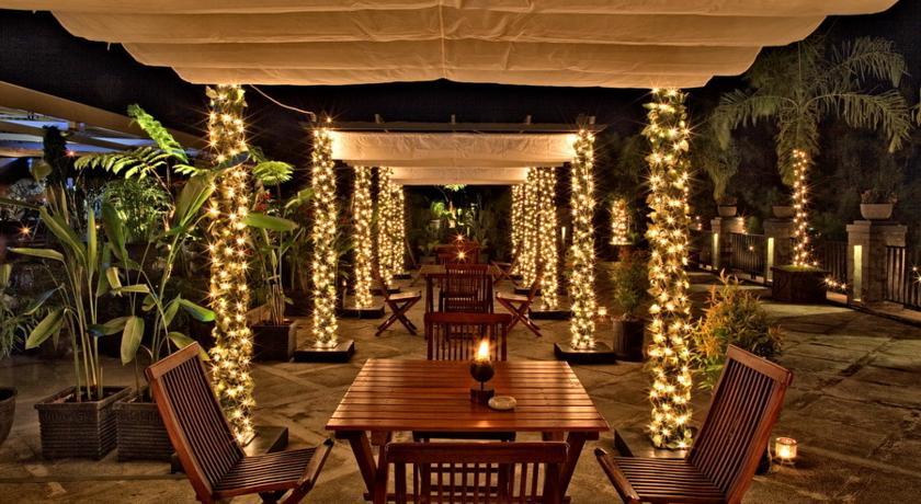 15 Tempat Dinner Romantis Di Bandung
