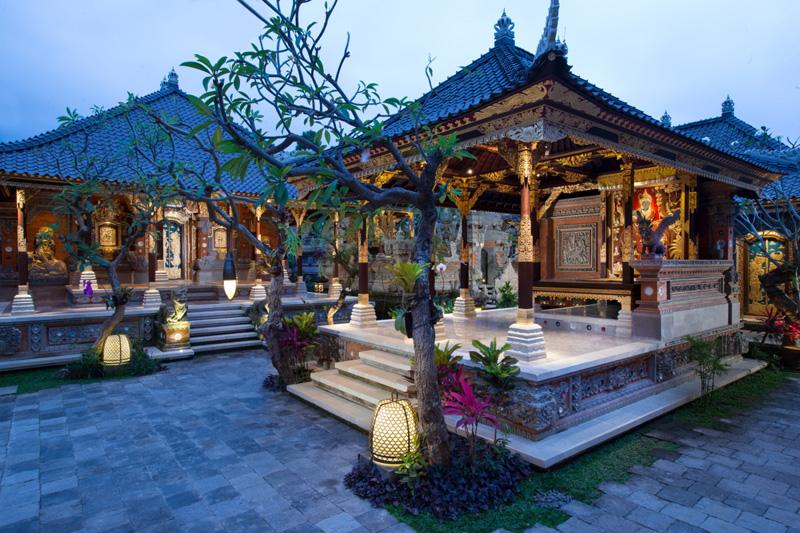 Puri Taman Sukewati