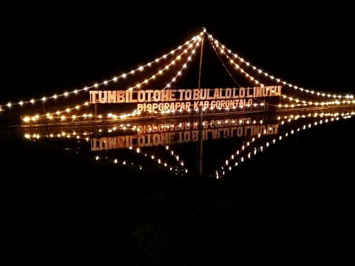 Kota dengan Festival Lebaran Unik - Festival Tumbilotohe, Gorontalo