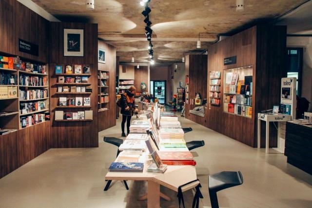 Menelusuri Toko Buku Indie Berlin Jerman - Ocelot