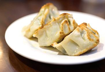 Yuen Fong Dumpling - 8 Reasons Why You Should Explore Sham Shui Po in Hong Kong