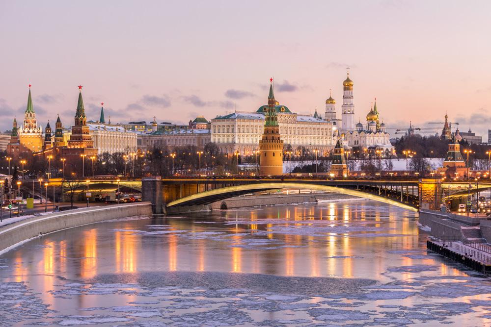 انفوجرافيك: 5 أشياء لا تفعلها في روسيا!
