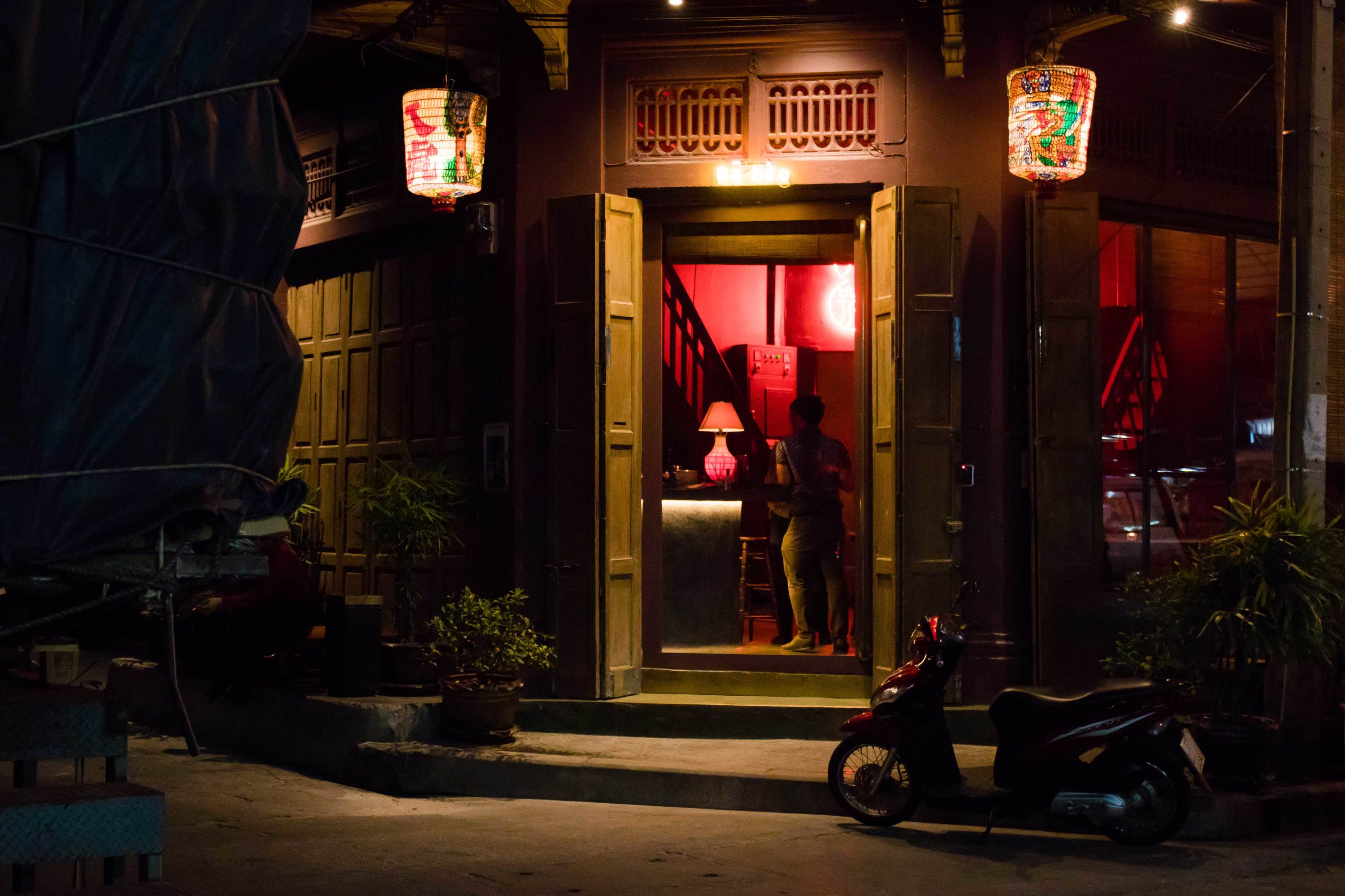 Think You've Seen Everything in Bangkok? Here's 5 Local Favorite Spots Away From the Tourist Trail