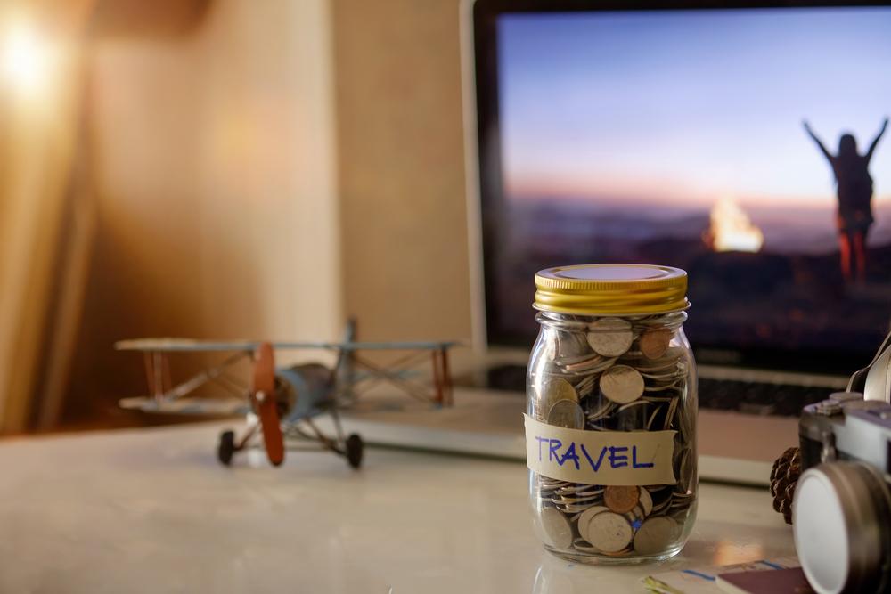 15 نصيحة لسفر اقتصادي مريح!