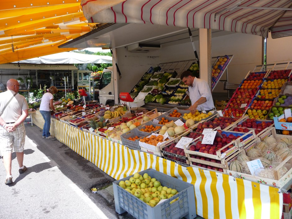 Image result for limone sul garda shopping images