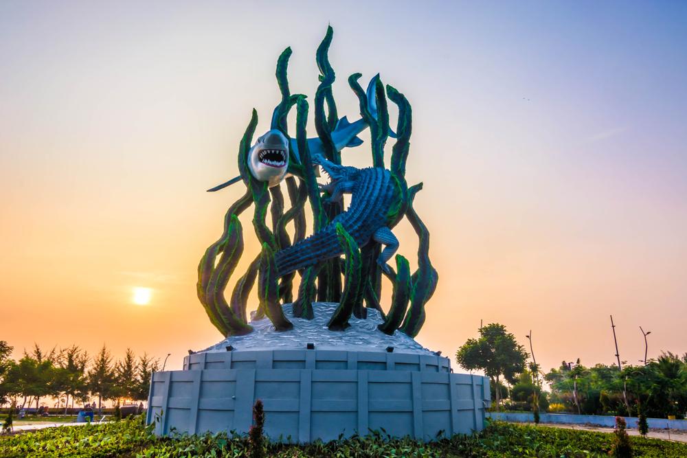 Patung Sura dan Boyo