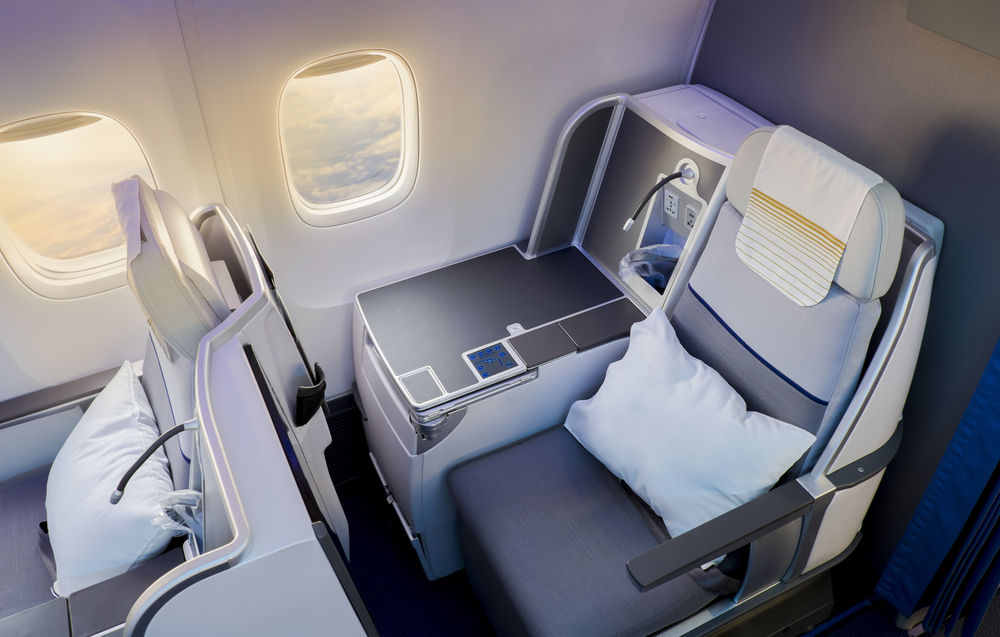 tempat duduk dalam pesawat