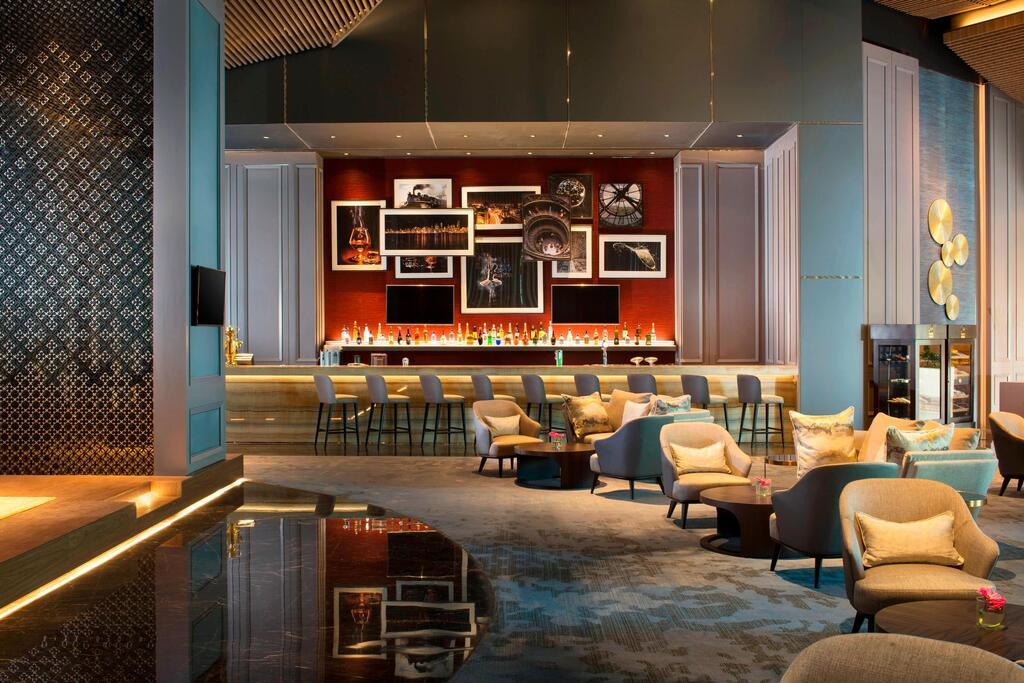 Sheraton_Surabaya_Hotel_Promo_Book_Now_Stay_Later