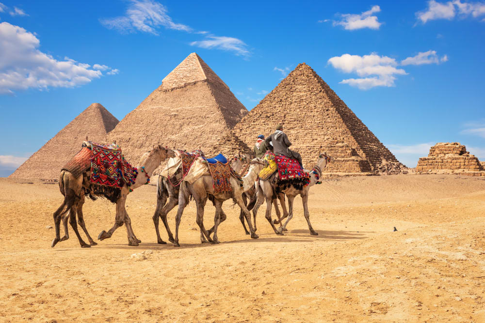 Is Giza Pyramids Worth Visiting Review And Tips To Visiting The Pyramids In Egypt