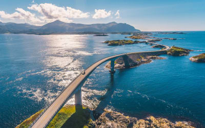 These 4 World's Most Stunning Drives Will Give You Serious Wanderlust and Adrenaline Rush Like No Other