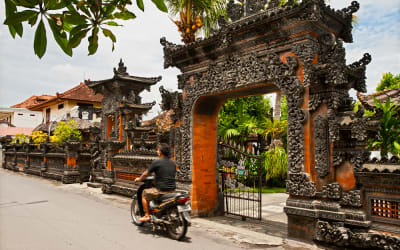 Motorbike Enthusiasts, These 5 Southeast Asian Cities Are Made for Your Two-Wheels Exploration