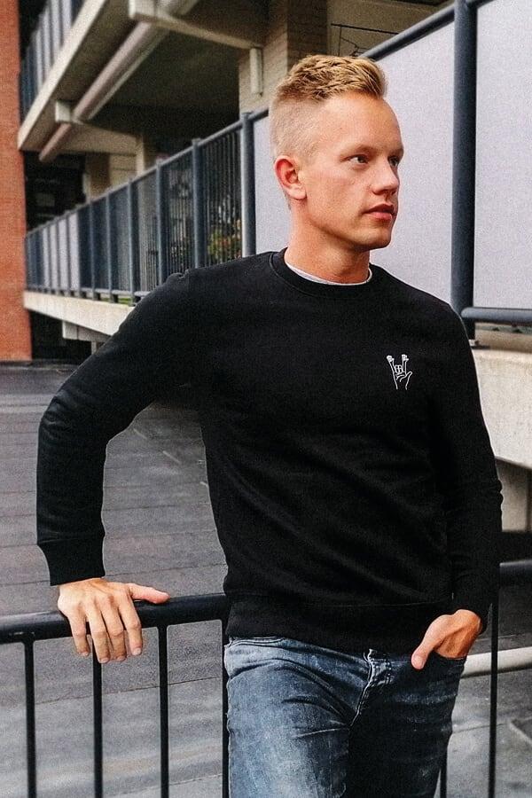 Winkt tattsson sweater banner