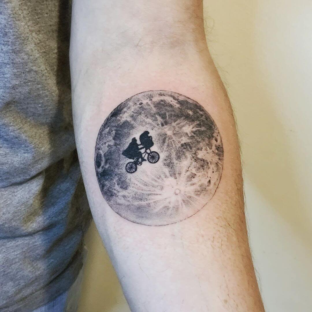 E.T.'s legendary moon scene tattoo tattoo
