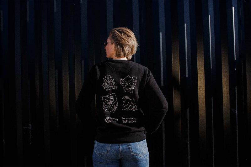 Sweater%20Tattsson/horizontal-tattsson-winkt-sweater-back-female