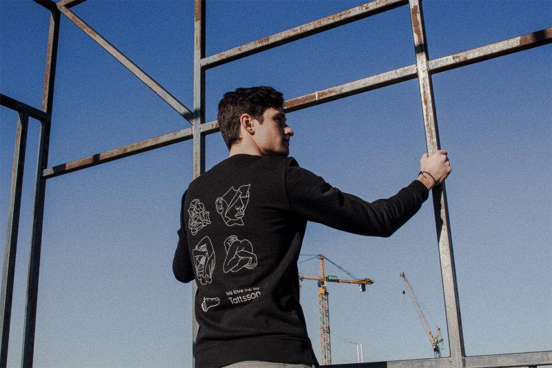 Sweater%20Tattsson/horizontal-tattsson-winkt-sweater-back-male