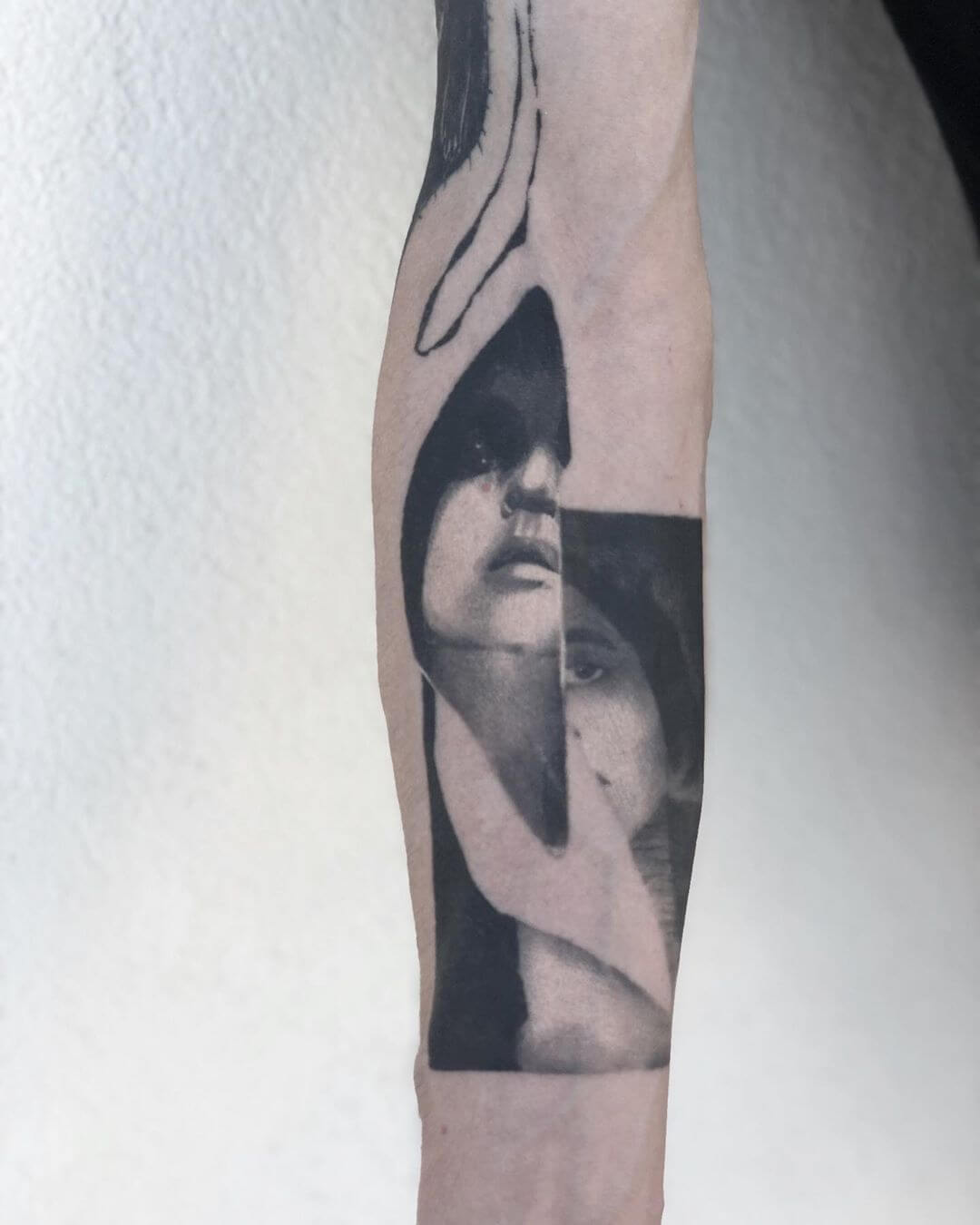 Blackwork distorted portrait tattoo by La Malafede