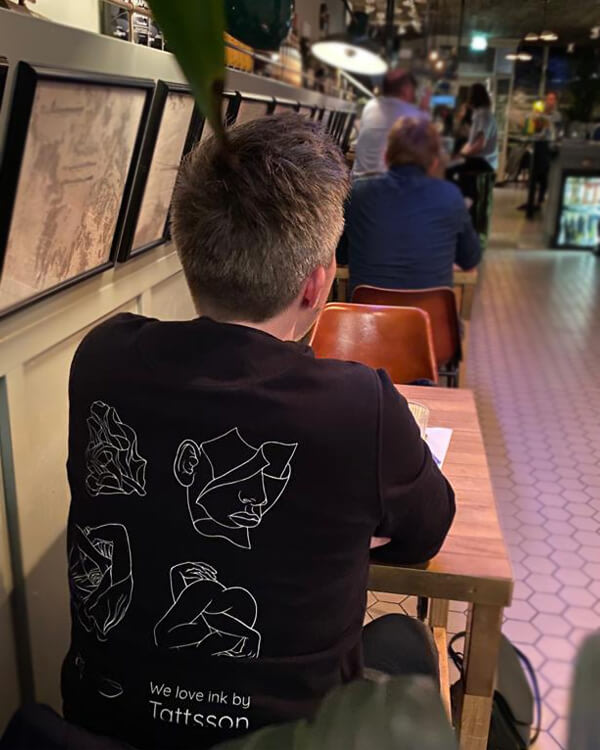 Tattsson%20Sweater/customers/back-rob