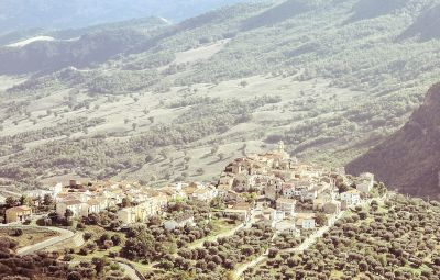 genzano di lucania buddhist singles The residence is distributed on a single level and consists of a cozy  in the center of the charming village of acquafredda di maratea old farmhouse of 1800.