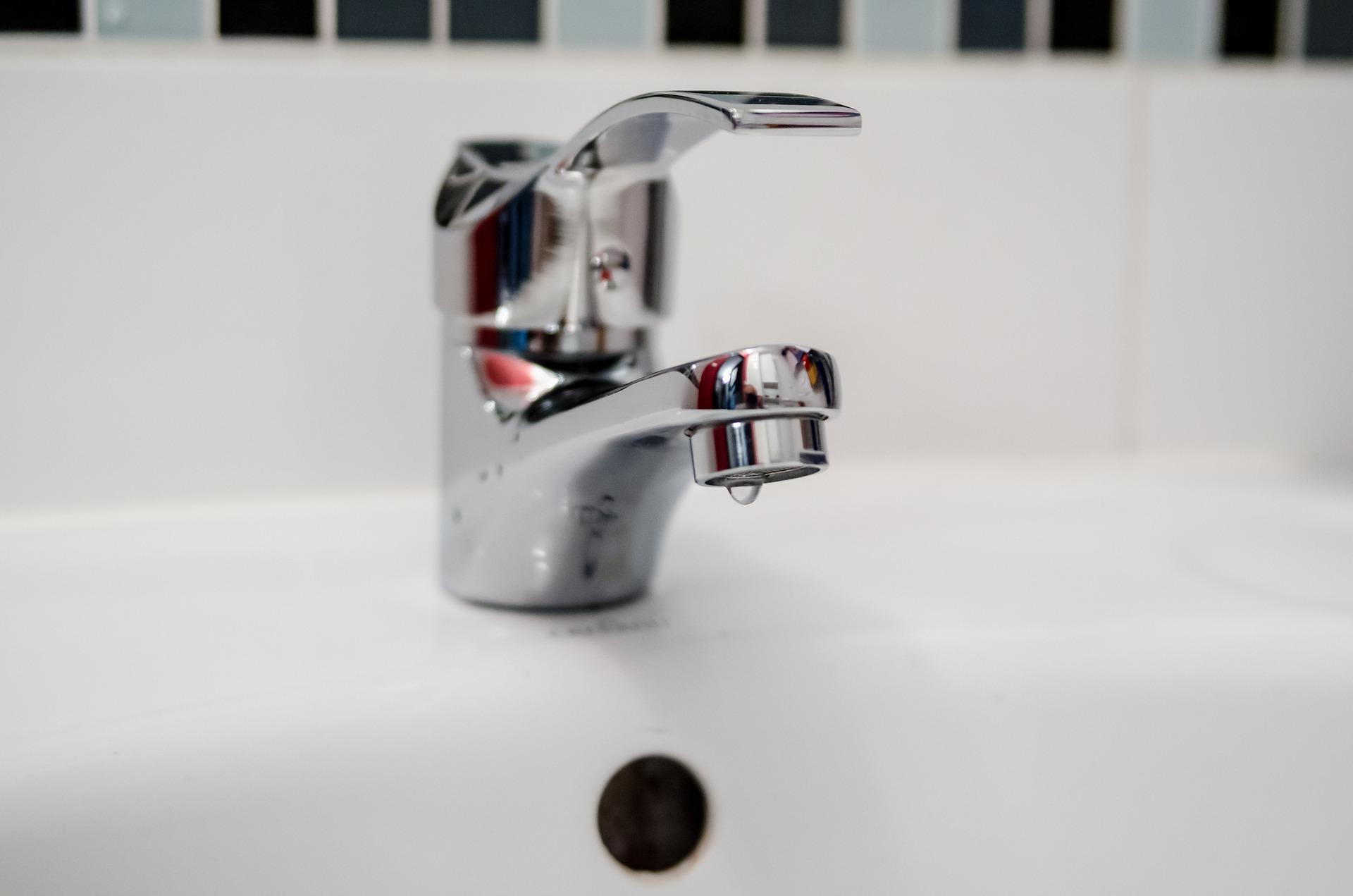 plumber-2788334_1920