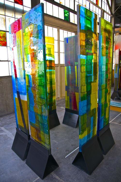 """Sculptures by Walter Gordinier at Uroboros Glass Studio, North Kerby Avenue, Portland, Oregon, Portland - """"Enclosure"""""""
