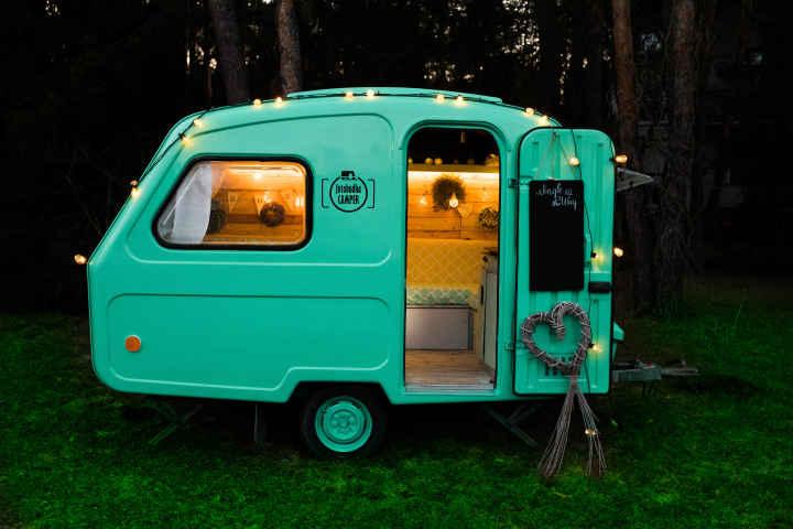 Fotobudka Camper - Fotobudka w przyczepie kempingowej
