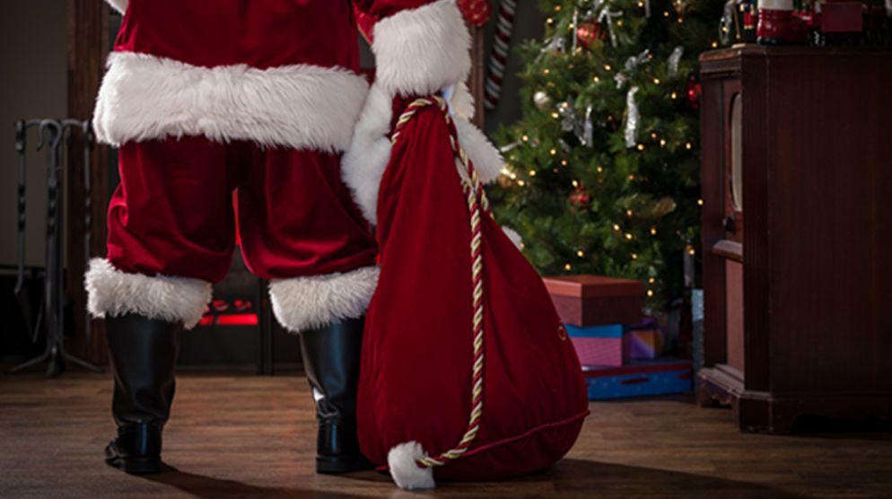 Safe Santa Photo Experience