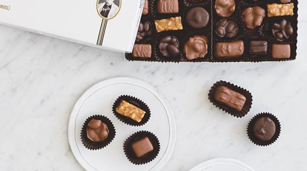 Sees Candies: Now Open