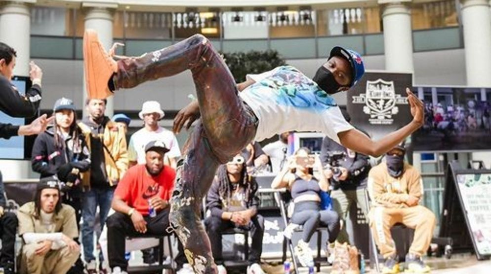 Leave Your Mark on the Dance Floor 3 - Dance Battle
