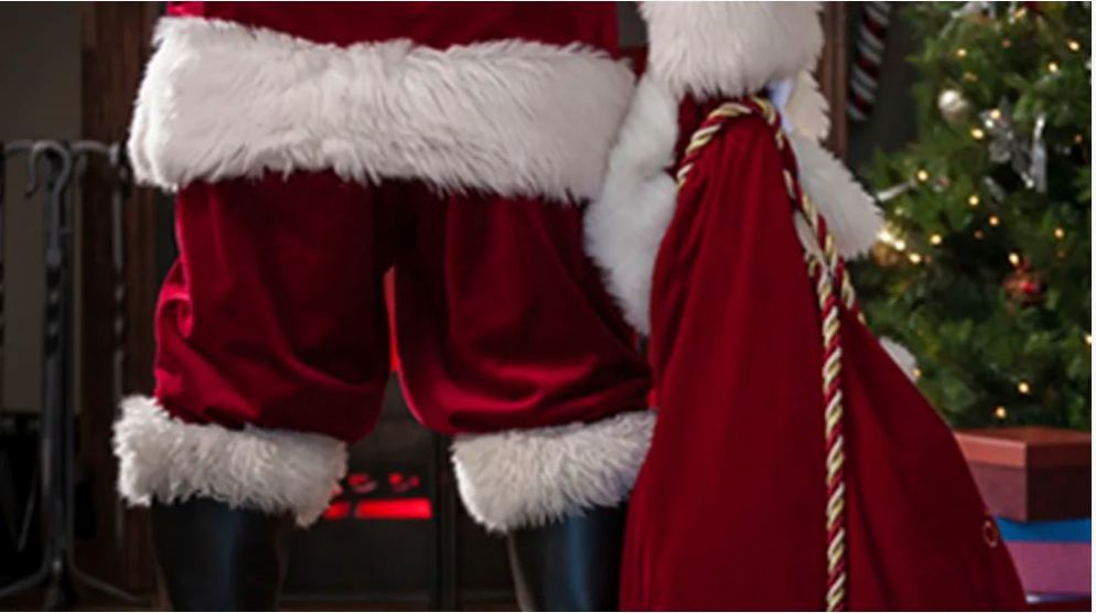 RESERVE YOUR PHOTOS WITH SANTA from November 27 to December 24
