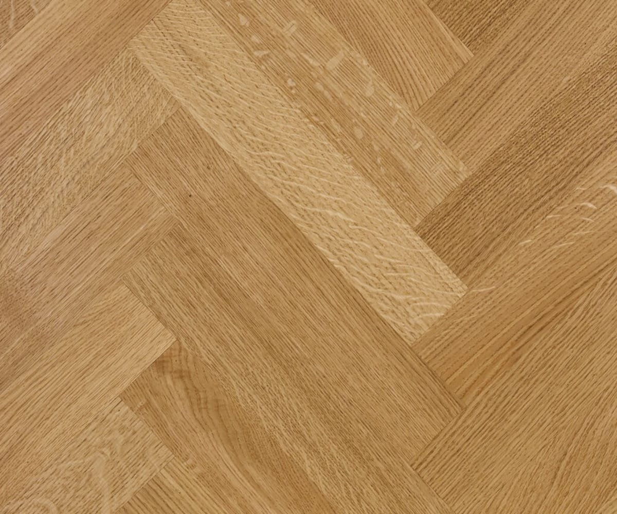 Prime Oak 350mm Lacquered Herringbone Parquet Engineered Block