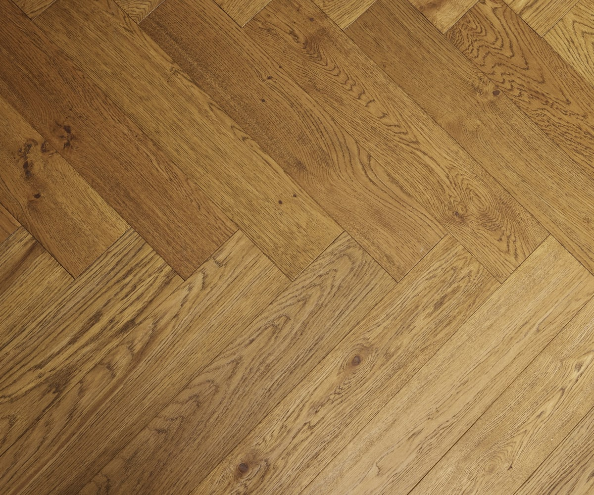 Antique Rustic Oak Oiled Hand-scraped Herringbone Engineered Parquet Block