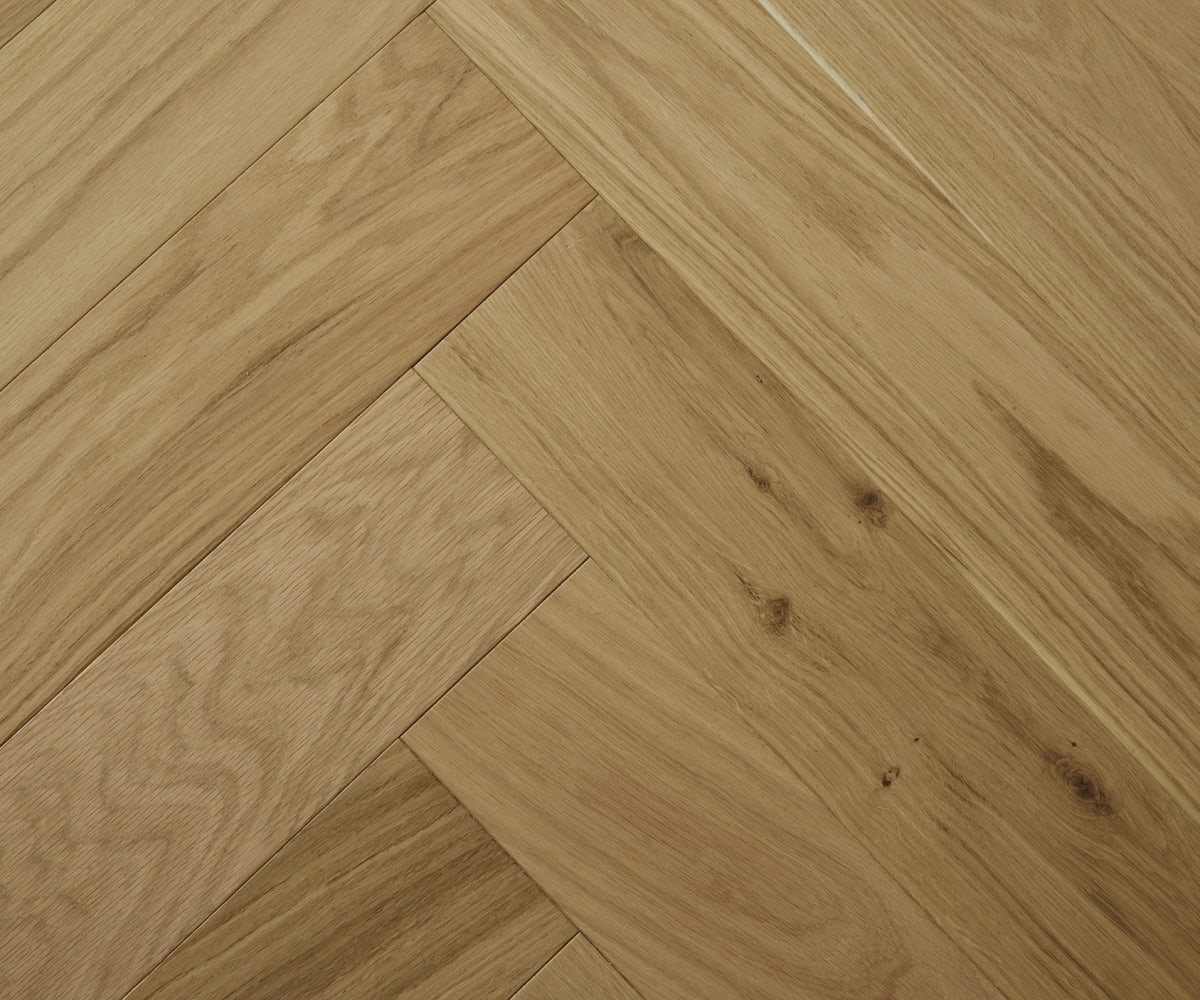 Raw Silk Natural Oak Lacquered Herringbone Engineered Parquet Block