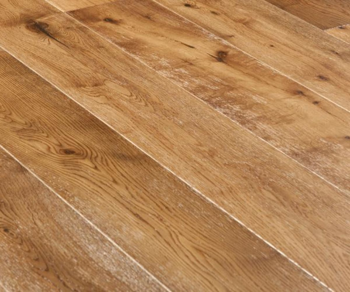 Hickory Smoked Oak Brushed Handscraped Engineered Hardwood Flooring