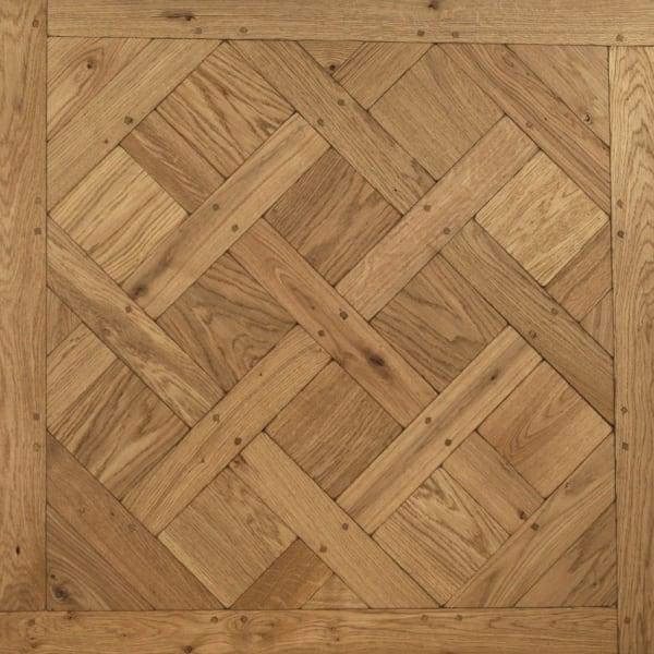 Versailles Tumbled & Dowels Mosaic Design Oak Panel Parquet Flooring