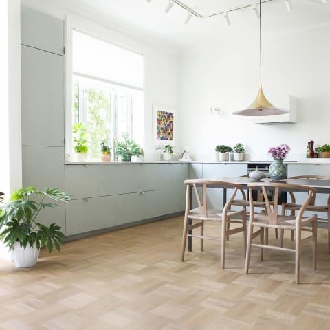 Nordic Stained Oak Drie-Vier Dutch Weave- Parquet Flooring