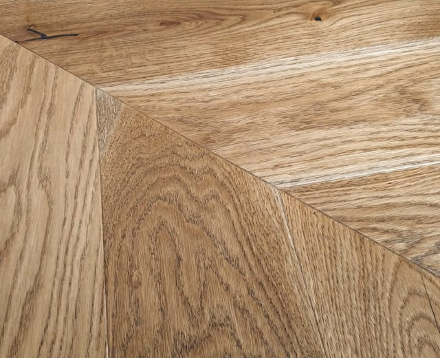 Vyborg Smoked Oak Brushed Matt Lacquered Chevron Parquet Flooring