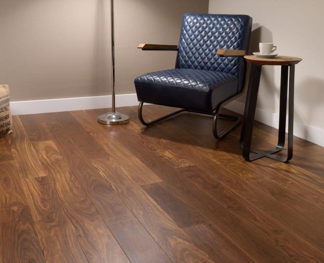 Momoqui Lacquered Hardwood Flooring