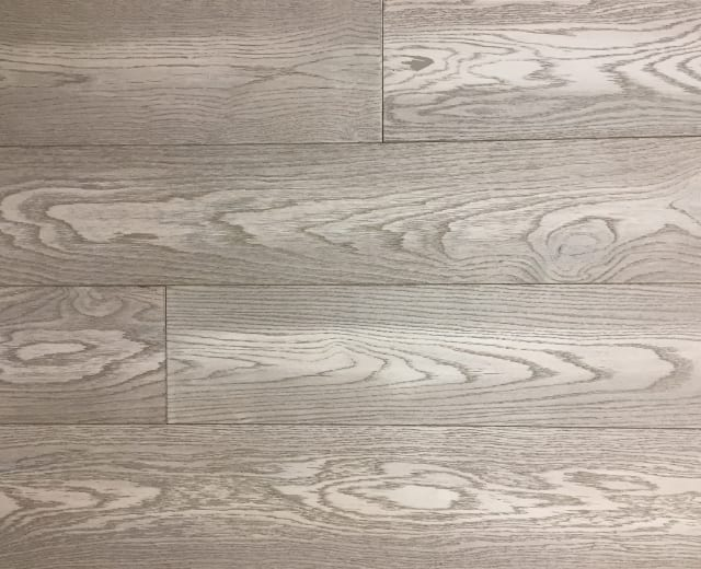 Valmiki Silver Grey WashedOak Brushed UV Matt Lacquer Engineered Hardwood Flooring